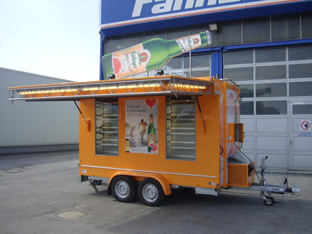 Fahnenbruck Combi Cooler koelwagen promotietrailer geopend
