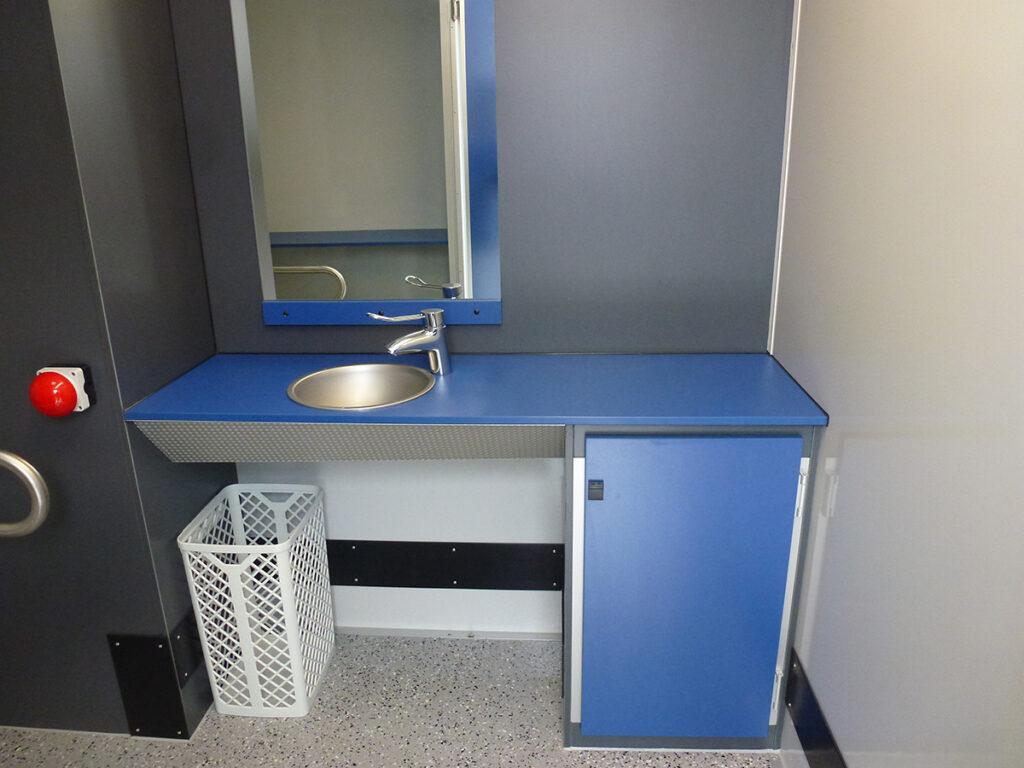 GAMO FTT390 gehandicapten mindervalide toiletwagen