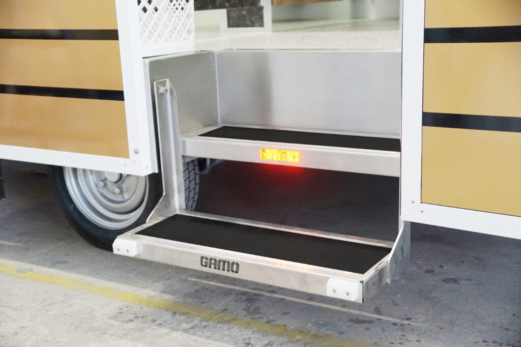 GAMO FTT460 Retro toiletwagen rvs instaptrede