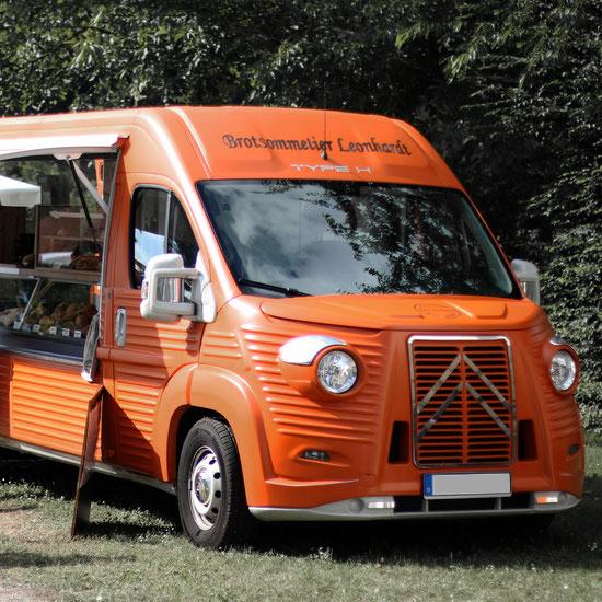 BACK-MASTER_320_Type_H_verkoopwagen_in oranje