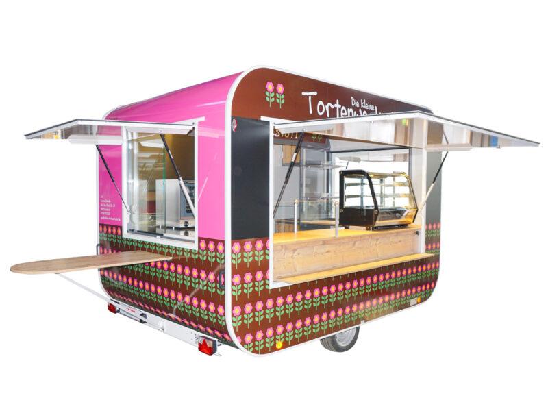 GAMO RETROLINER RL340 food-trailer deels beplakt
