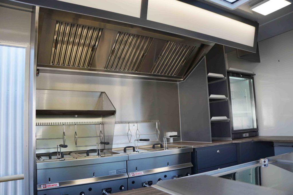 STREET-FOOD-MASTER 400_Kochbereich_Kühlschrank