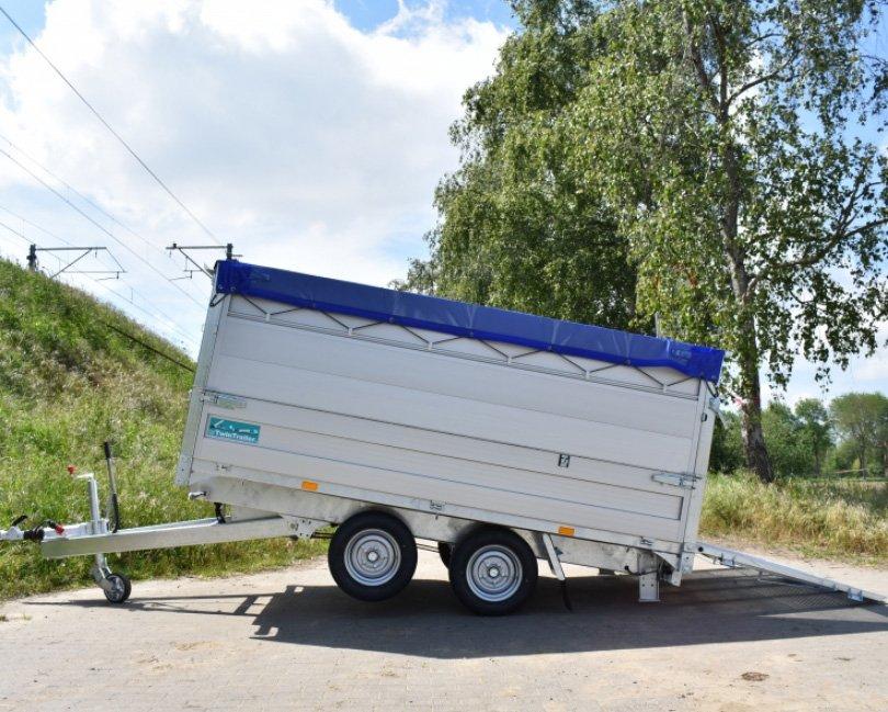TwinTrailer TT27-30 – 309×183 – 2700kg gekanteld met AluMate 800 opzetborden