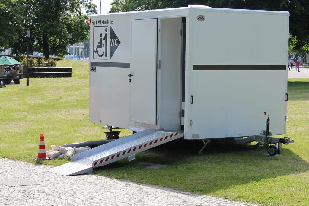 GAMO FTT 390 gehandicapten toiletwagen