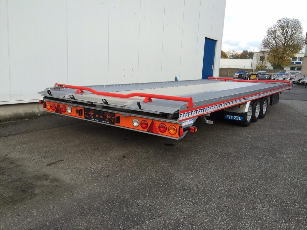 Algema Fit-Zel Unitrans autotransporter met extra rijplaten