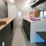 GAMO Fresh-Master 380 verkoopwagen met koeltoonbank interieur